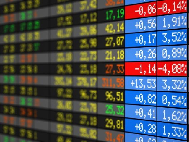 Panneau des principaux indices boursiers et leur valeur en temps réel